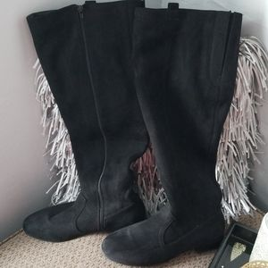 Women's black knee high boot size 10W